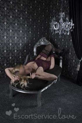 Blonde escort dame Liv